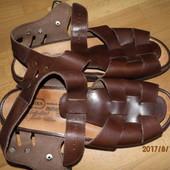 (i53)фирменные кожаные босоножки 42-43 р UK 9 1/2 Solidus