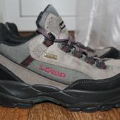 Треккинговые термо ботинки Lowa Gore-Tex 40 размер.26см.Оригинал.