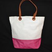 бело-розовая кожаная сумка шопер