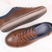 Мужские спортивные туфли, демисезонные, кожаные, коричневые, с текстильными вставками синего цвета,