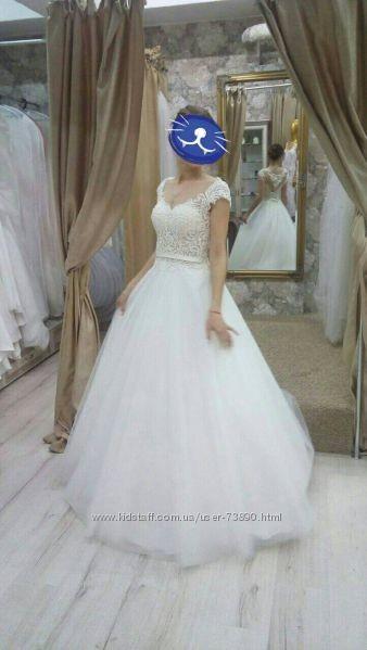 Свадебное платье из каталога. стильно, красиво! фото №1
