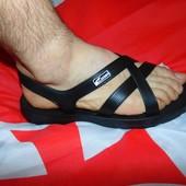 Фирменние стильние резиновие римские  сандалии шлепки Itrike.42-43