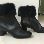 Продам кожаные ботинки Nine West
