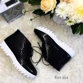 Ботинки женские черные лак Рептилия