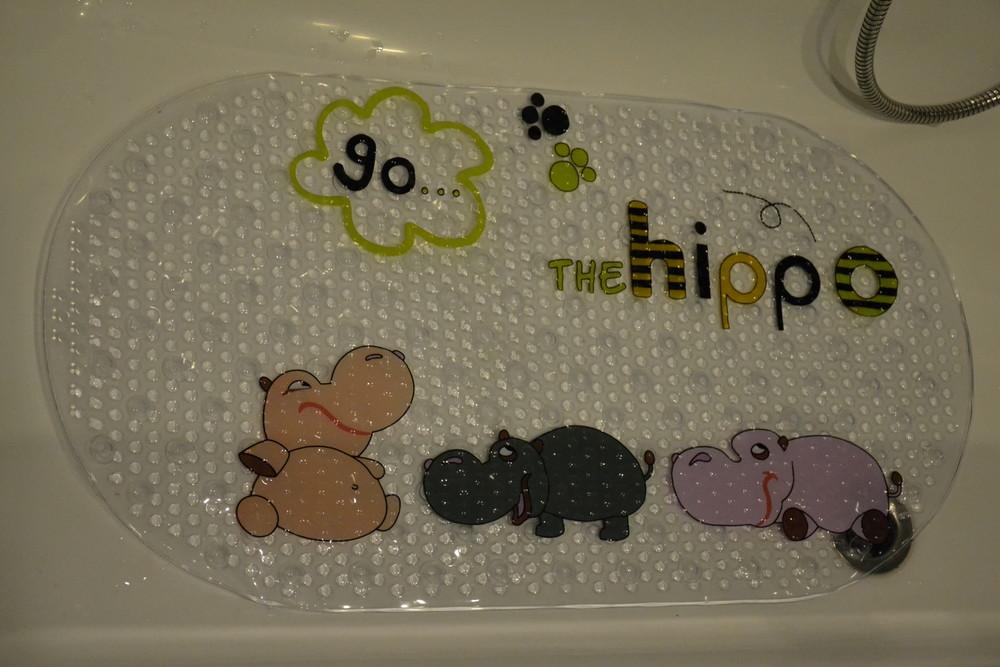 Противоскользящий коврик для ванной на присосках фото №1