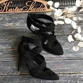 Шикарные туфли с переплетами New Look p-p 41