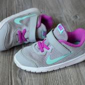 Кроссовки Nike (26 размер)-