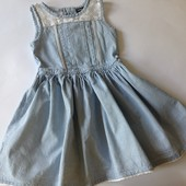 стильное платье с кружевом