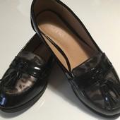 Туфли-лоферы для модниц р.31-32