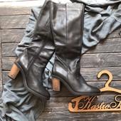 Крутые кожаные сапоги на осень р-р 40
