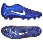 Бутсы Nike р. 44,5 (28 см)