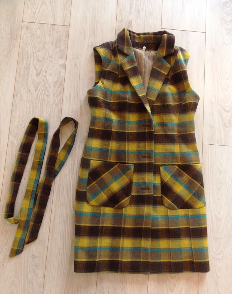 Новый. яркий теплый жилет пальто, размер м-л фото №1