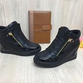 Женские Демисезонные сникерсы ботинки