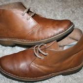 Демисезонные  ботинки дезерты  Clarks 41р,26см.
