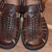 Закрытые сандали Унисекс 38 р., 24.5 см