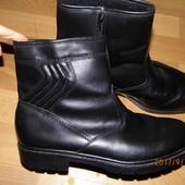 (i233)зимние кожаные полусапожки 44 р Германия
