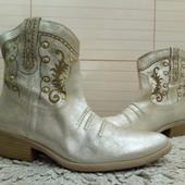 Золотисті ботинки із натуральноі шкіри 36,37,38 р-ри.
