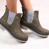Женские ботинки челси, из натурального нубука, цвет - хаки, на байке, на резинке, на низком ходу