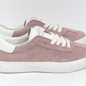 Замшевые розовые кеды