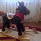 Музыкальная детская качалка Baby Tilly Лошадка