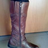 Классные кожаные сапоги, фирмы Janet'D