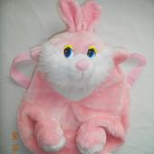 рюкзачок Кролик. размер 33*22 см.