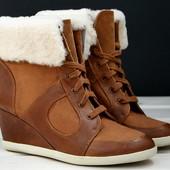 Демисезонные кожаные ботинки Dune