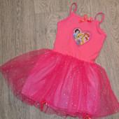 Нарядное платье с фатином 5-6 лет