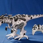 Динозавр на р/у TT320 свет., звук, в кор. 86*24.5*32cm