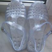 Мильнчки силіконові прозорі з срібними блискітками,розмір1\34