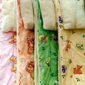 Теплое одеяло с подушкой на овчине