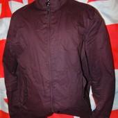 Брендовая стильная курточка Burton м .