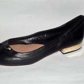 38 Удобные туфельки Stradivarius