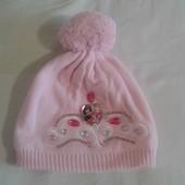 Продам красивенную шапочку Принцессы девочке 3-6 лет, объем до 52см.Disney.