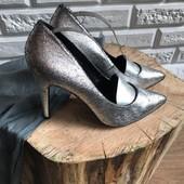 Стильные металлические туфли лодочки Ginatricot рр 39