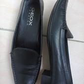 Туфли из натуральной кожи от Geox.