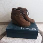 Замшевые ботинки Braska р. 38