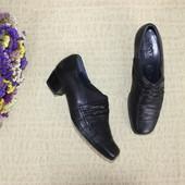 37,5 25см Ara Кожаные закрытые туфли на небольшом каблучке