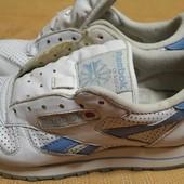 Кожаные фирменные кроссовки Reebok classic р.37-23см