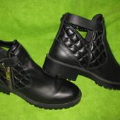 Ботинки Zara,р.39 стелька 26см Кожа