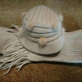 Комплект шарф и шапка с натуральным мехом