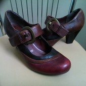 5 th Avenue, 37 p. Кожаные классические туфли.