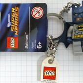 Lego Super Heroes брелок Бэтмен 853429