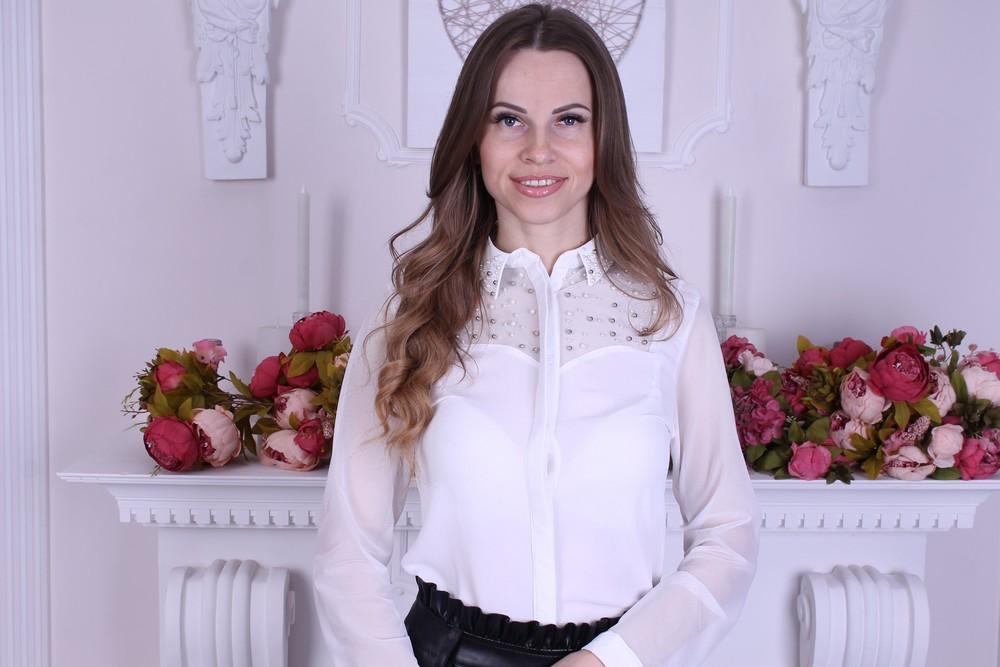 Красивая блузка белого цвета фото №1