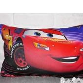 Подушка  3D картинка Маквин Тачки Метр хотвилс машинки  декоративна