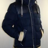 Зимняя куртка отличного качества со сьемным капюшоном