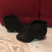Ботинки із натуральної шкіри,від Andre,розмір 38,стелька 24,5