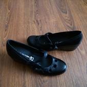 Кожаные туфли Next 5р. 25 см