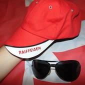 Фирменная стильная кепка бейсболка Raiffeisen м-л-хл .