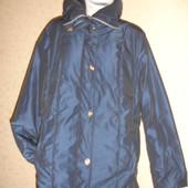 Фирменная плотная деми куртка большого размера 52-54 в идеале